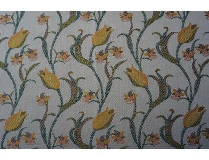 Pezzo di stoffa campione con tulipani gialli