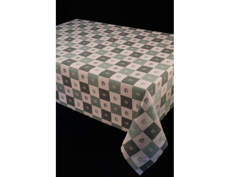 Squere tablecloth in different shapes of green with flowers