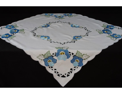 Tablecloth Flowers